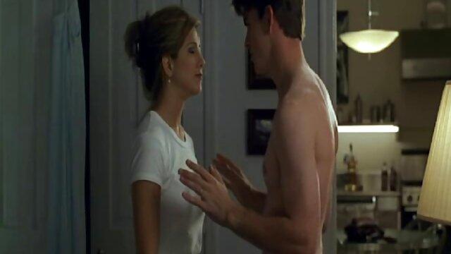ترانس, رابطه جنسی در یک تخت بزرگ فلم سکس معلم